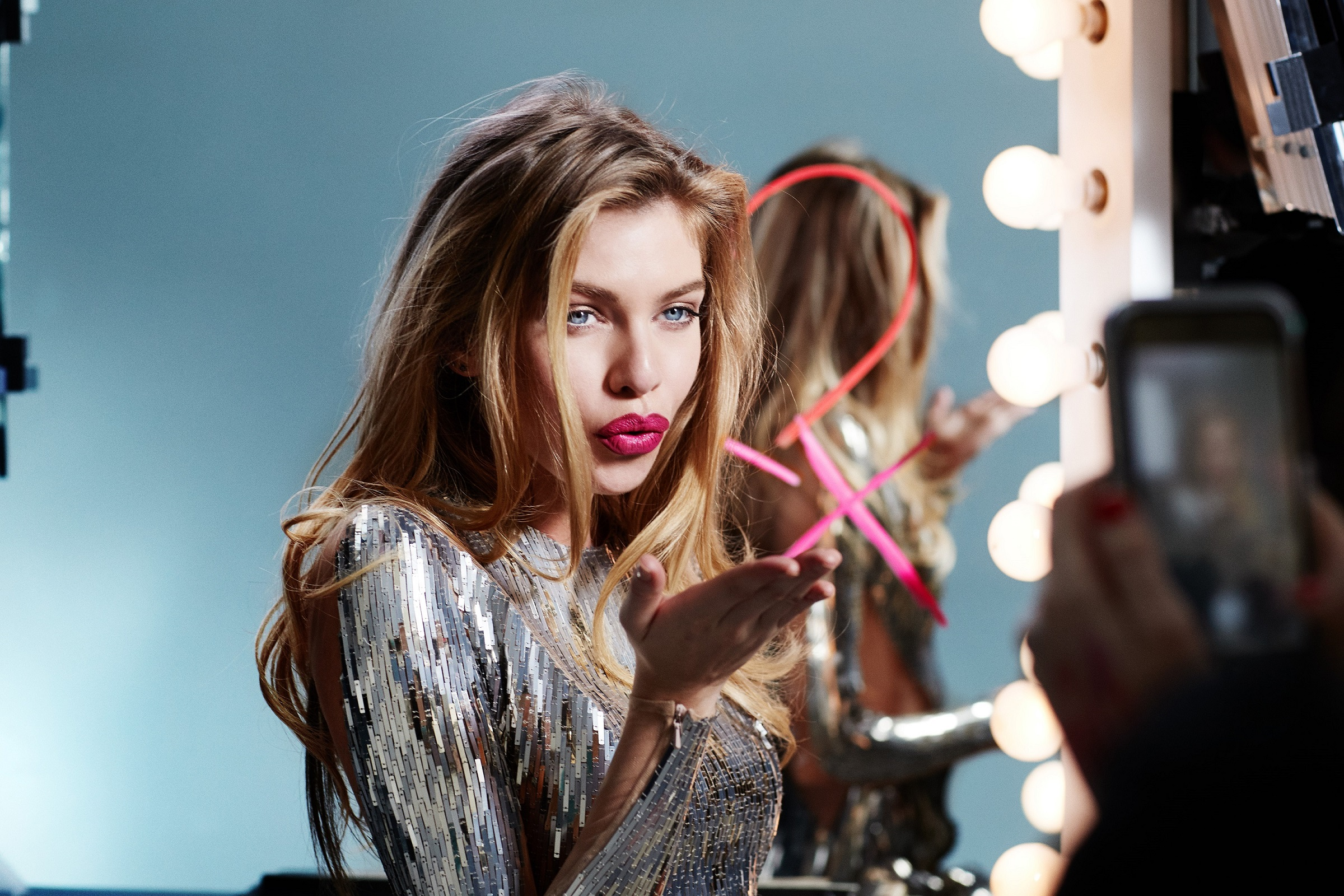 Stella Maxwell Hot Red Lips Wallpapers 1