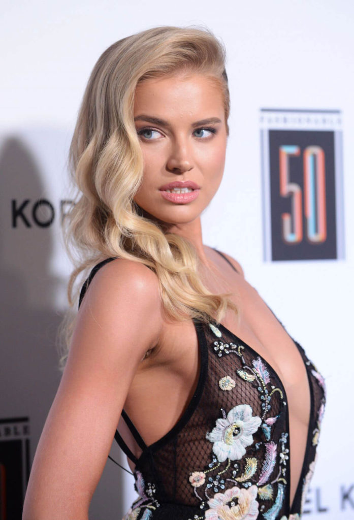 Tanya Mityushina Img 697x1024 - Tanya Mityushina Net Worth, Pics, Wallpapers, Career and Biograph