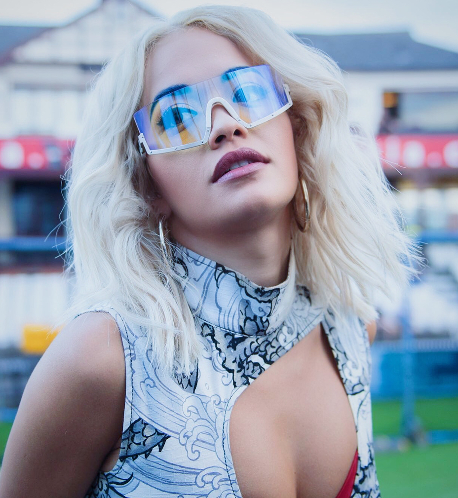 Rita Ora Hot Decollete Pics - Rita Ora Net Worth, Pics, Wallpapers, Career and Biography