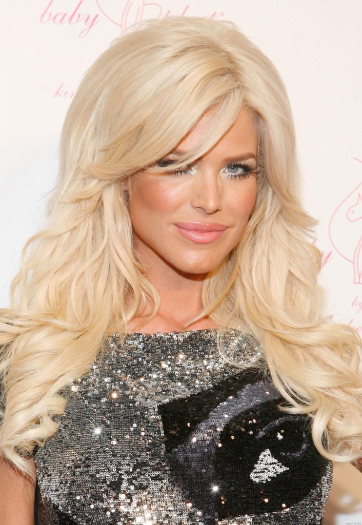 Victoria Silvstedt Hair Pics 706x1024 - Victoria Silvstedt Hair Pics