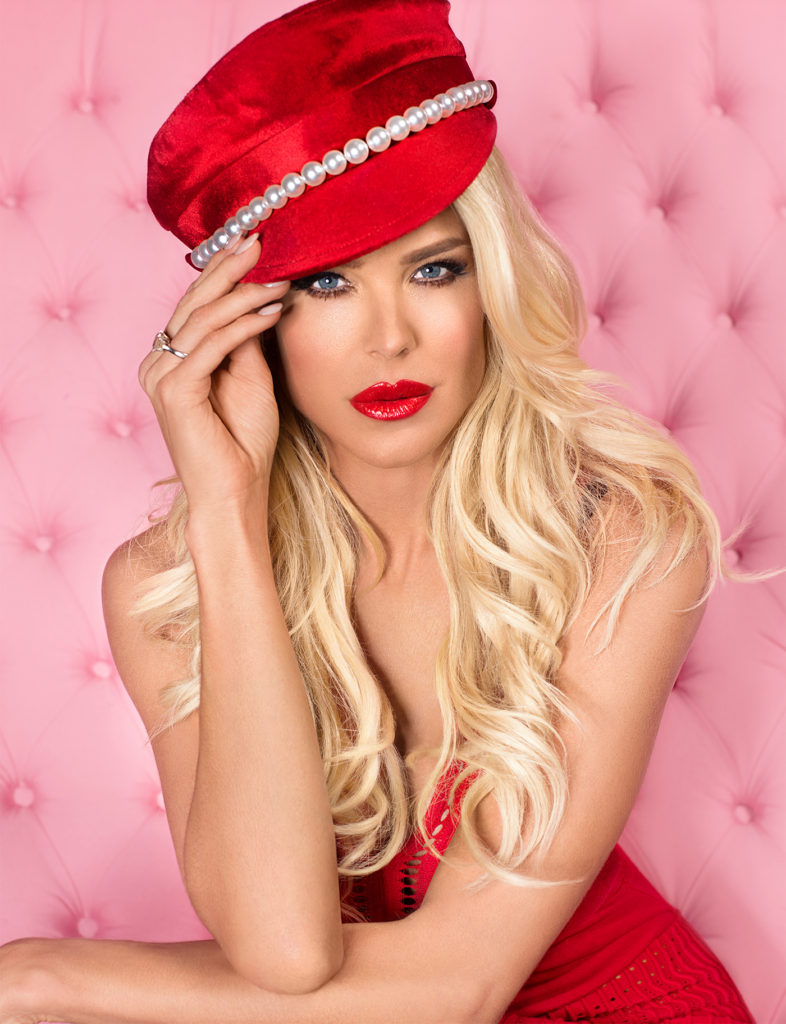 Victoria Silvstedt Hot Red Lips Pics 786x1024 - Victoria Silvstedt Net Worth, Pics, Wallpapers, Career and Biograph