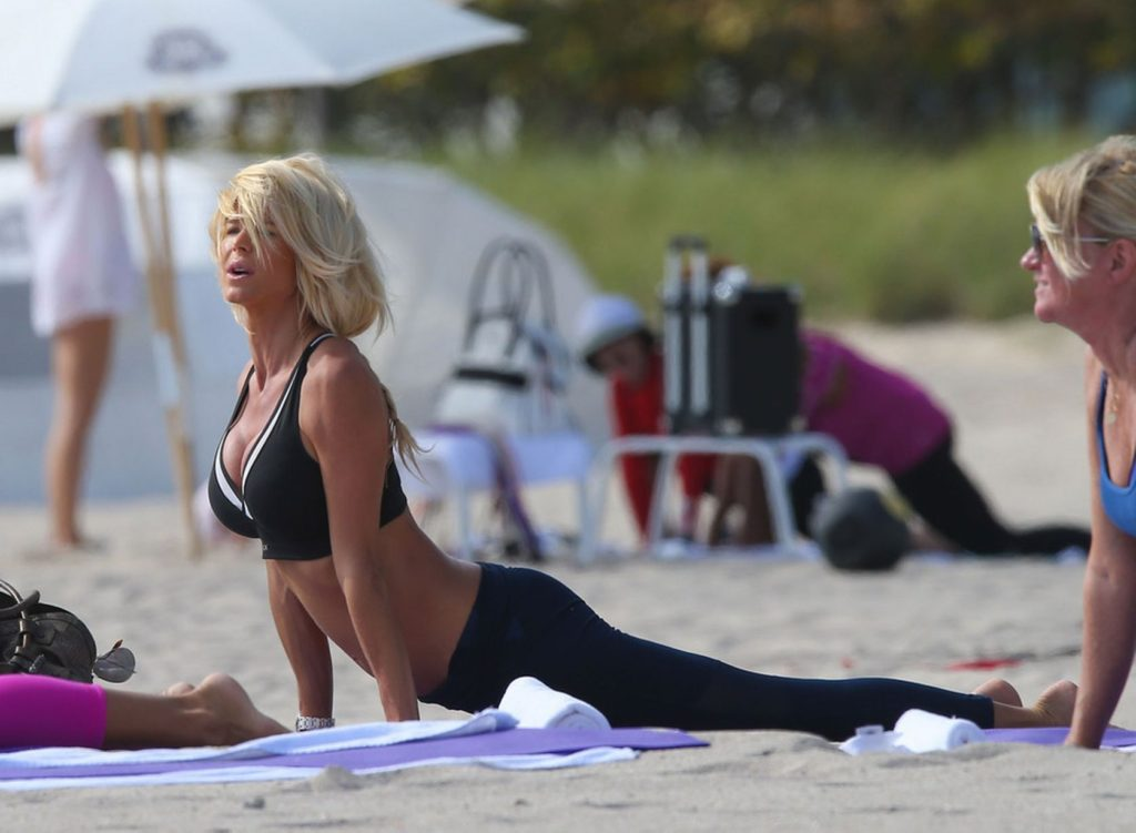 Victoria Silvstedt Workout At The Beach 1024x751 - Victoria Silvstedt Net Worth, Pics, Wallpapers, Career and Biograph