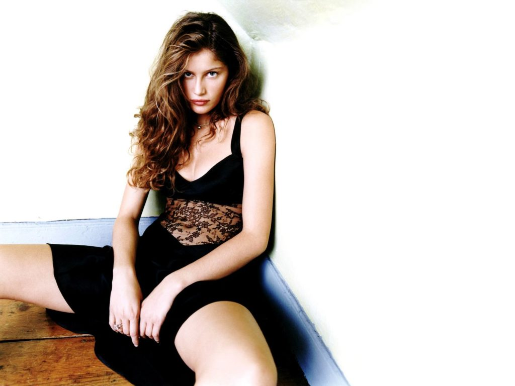 Wild Laetitia Casta Wallpapers 1024x768 - Laetitia Casta Net Worth, Pics, Wallpapers, Career and Biography