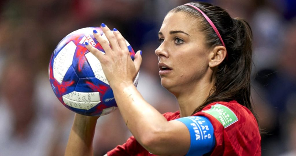 Capitan Alex Morgan Pics 1024x542 - Alex Morgan Net Worth, Pics, Wallpapers, Career and Biography