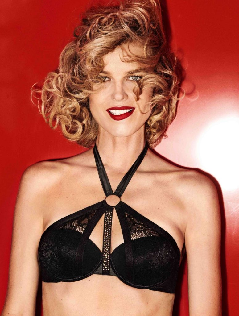 Eva Herzigova Hot Black Bra Pics 775x1024 - Eva Herzigova Net Worth, Pics, Wallpapers, Career and Biography