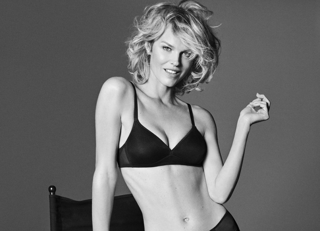 Eva Herzigovav Hoot Bra Wallpapers 1024x738 - Eva Herzigova Net Worth, Pics, Wallpapers, Career and Biography