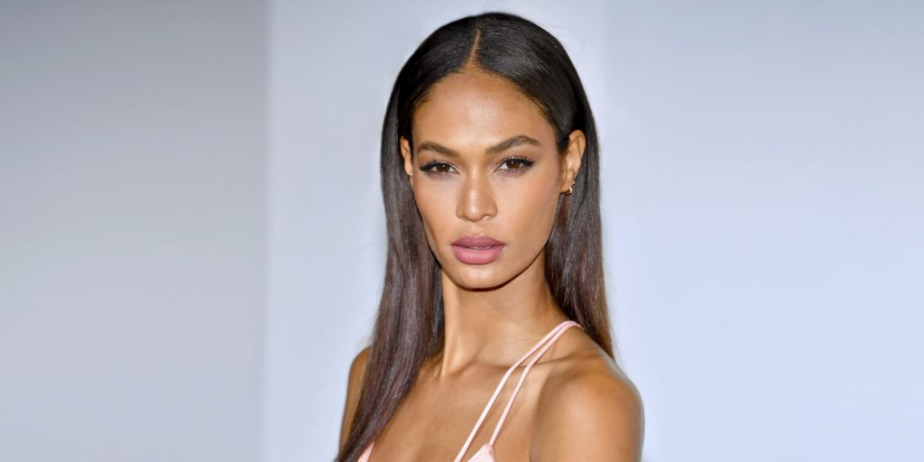 Glamour Model Joan Smalls Wallpapers 1024x512 - Glamour Model Joan Smalls Wallpapers