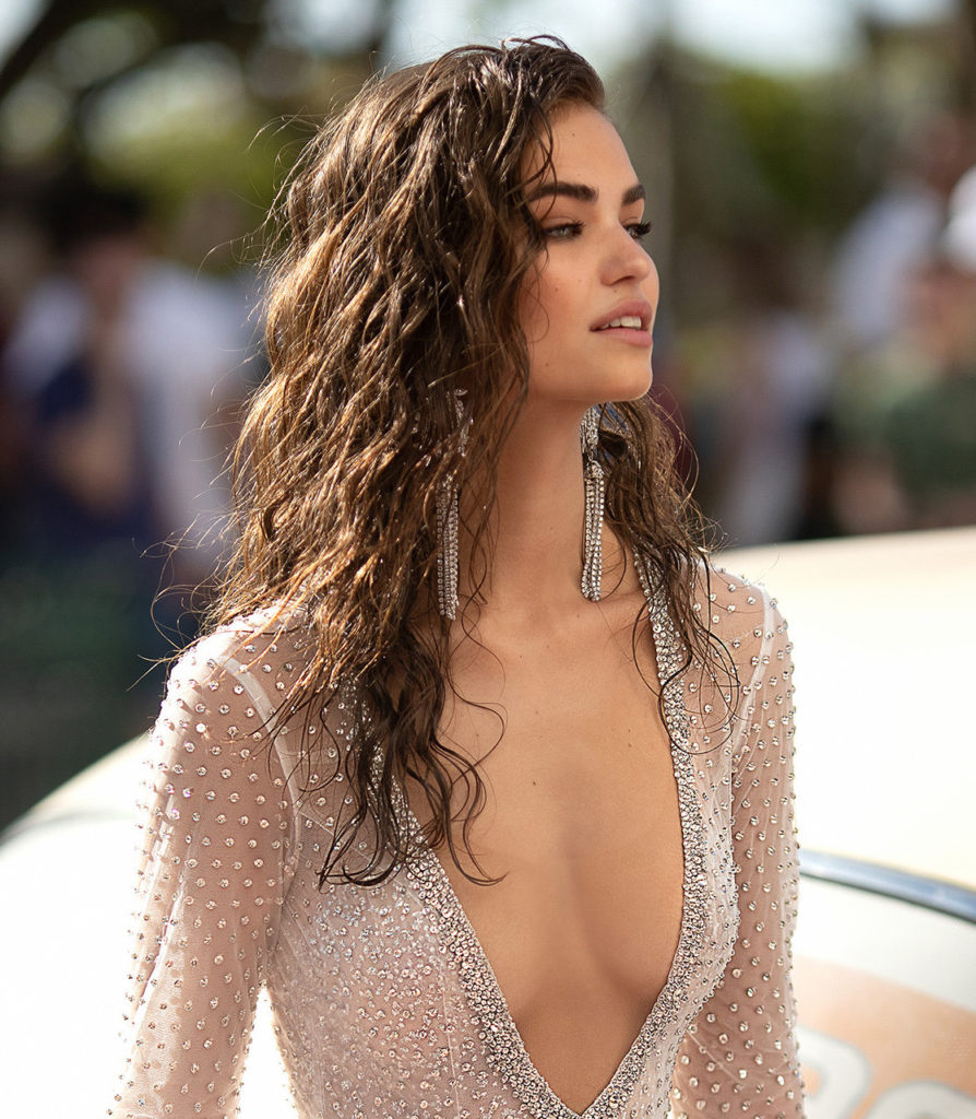 Robin Holzken Hot Fit Body Images 894x1024 - Robin Holzken Net Worth, Pics, Wallpapers, Career and Biograph