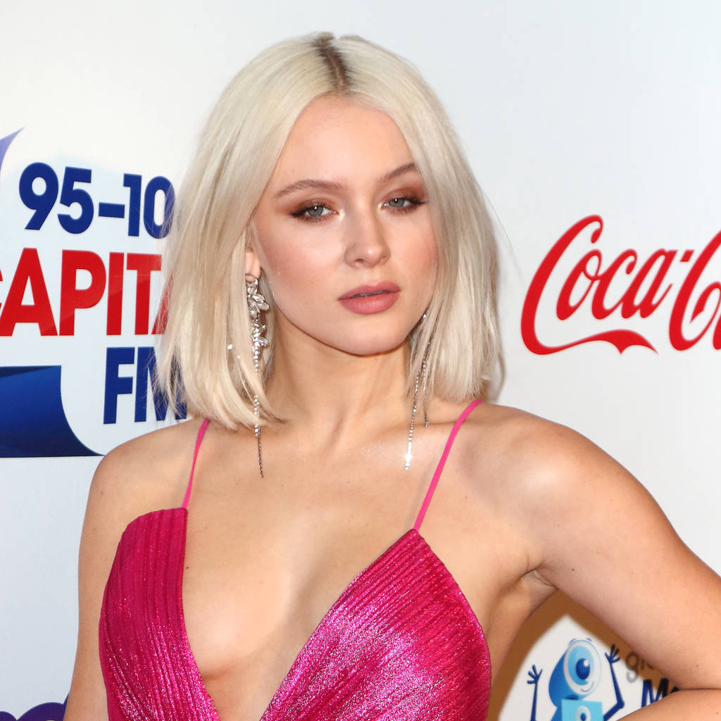 Zara Larsson Hot Deep Revealing Pink Dress 1