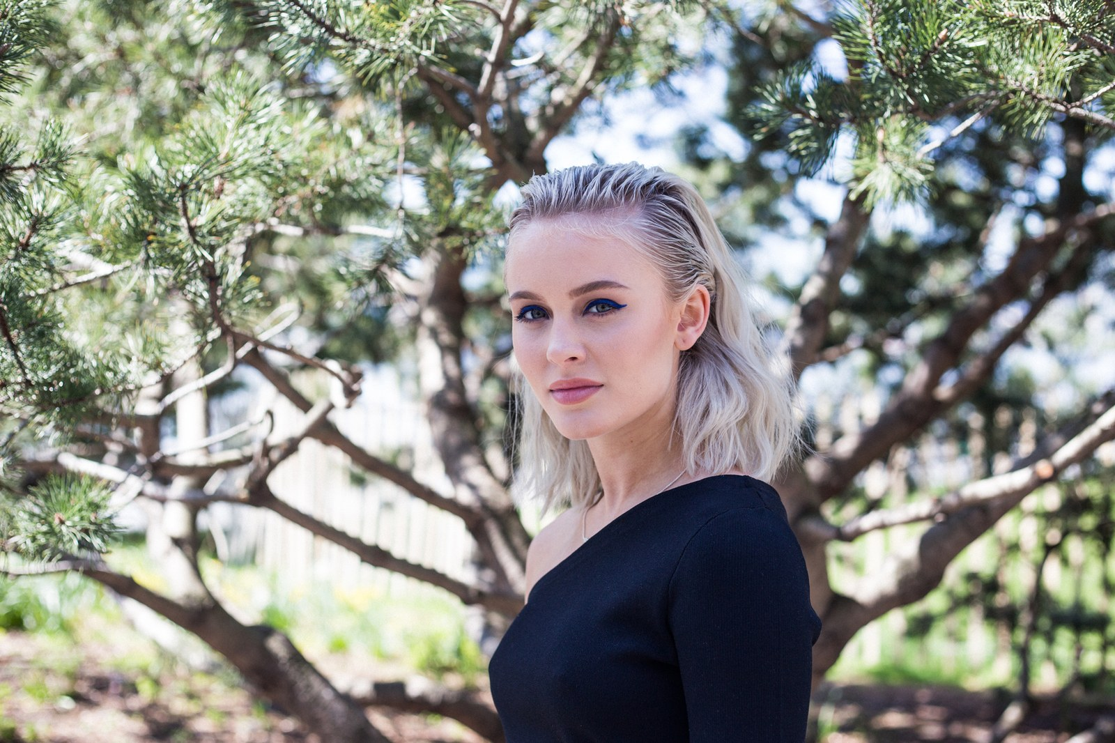 Zara Larsson Outdoors - Zara Larsson Outdoors
