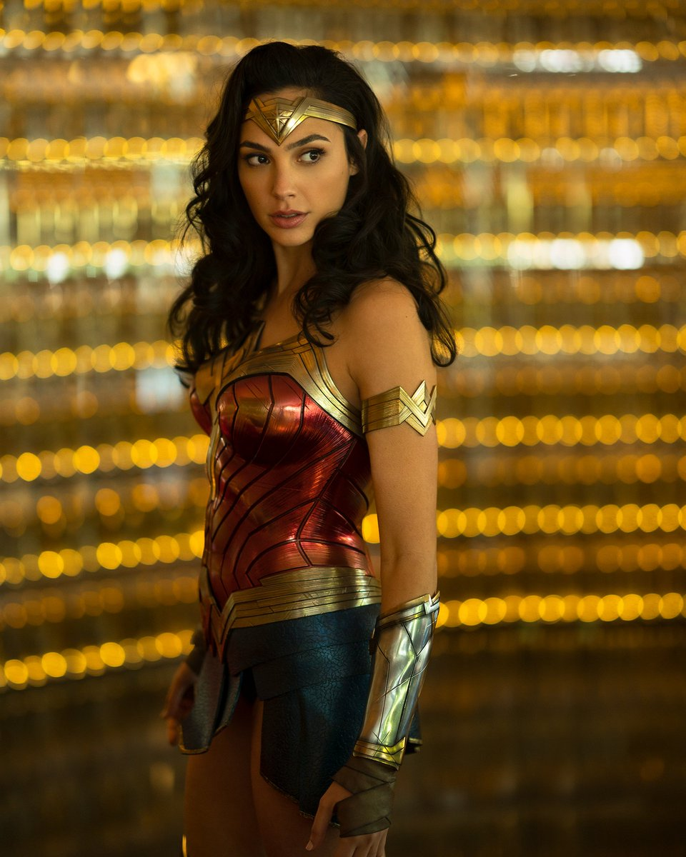 Gal Gadot Wonder Woman Pics - Gal Gadot Net Worth, Pics, Wallpapers, Career and Biography