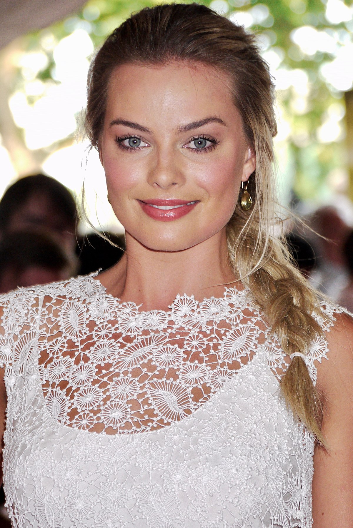 Margot Robbie Pretty Face Pics - Margot Robbie Pretty Face Pics