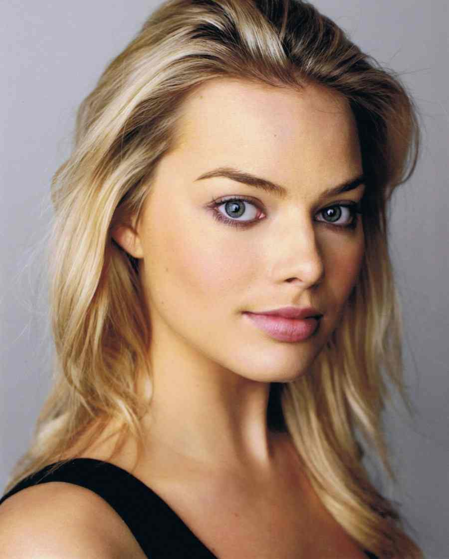 Margot Robbie - Margot Robbie Net Worth, Pics, Wallpapers, Career and Biography
