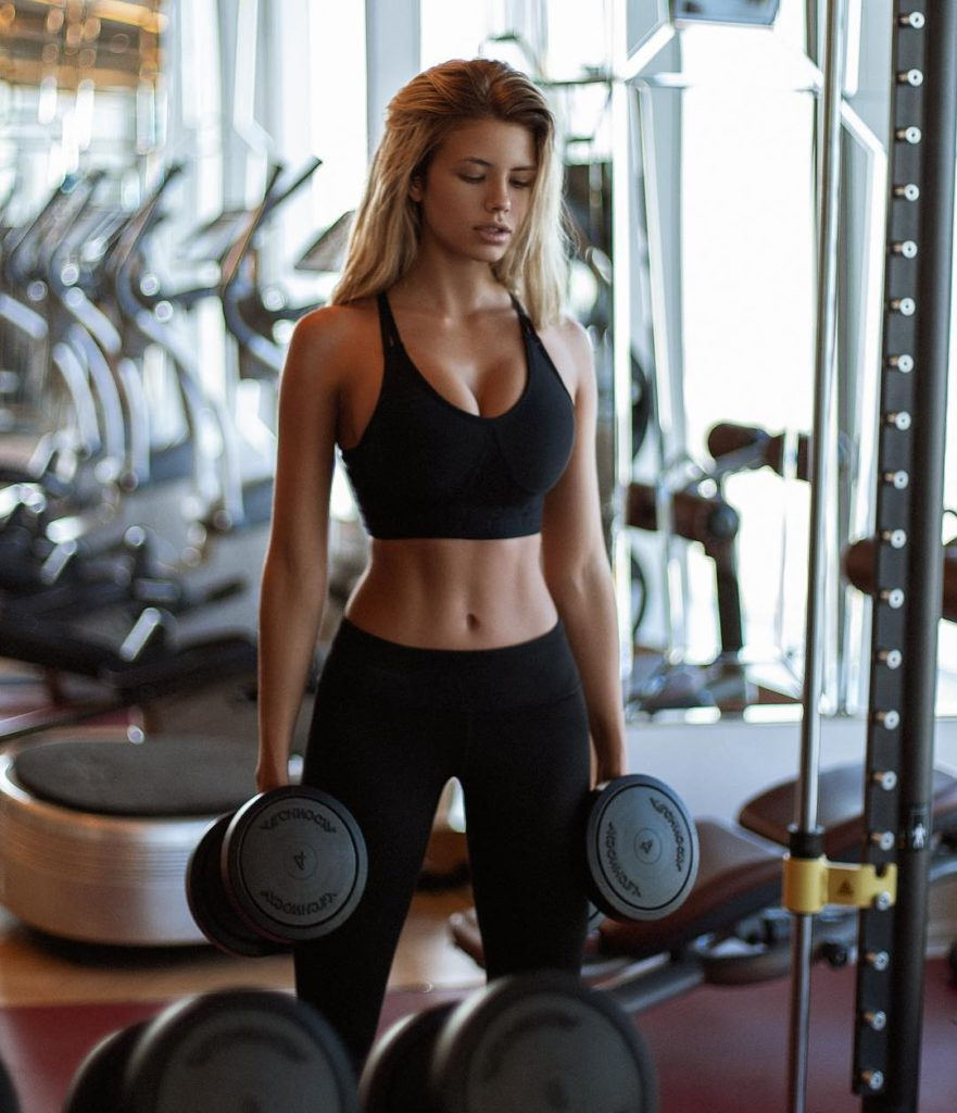 Natalya Krasavina Gym Workout 881x1024 - Natalya Krasavina Gym Workout