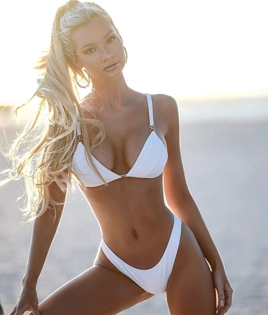 Alexa Collins Hot White Bikini Images 871x1024 - Alexa Collins Net Worth, Pics, Wallpapers, Career and Biography