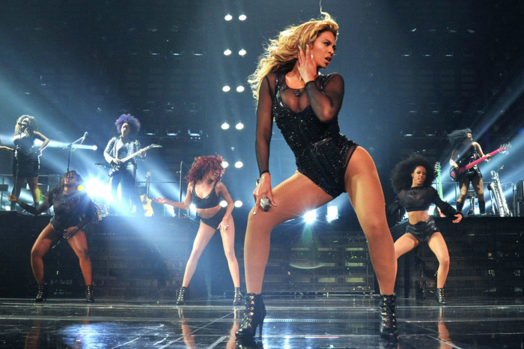Beyonce Hot Concert Pics 1024x683 - Beyonce Net Worth, Pics, Wallpapers, Career and Biography