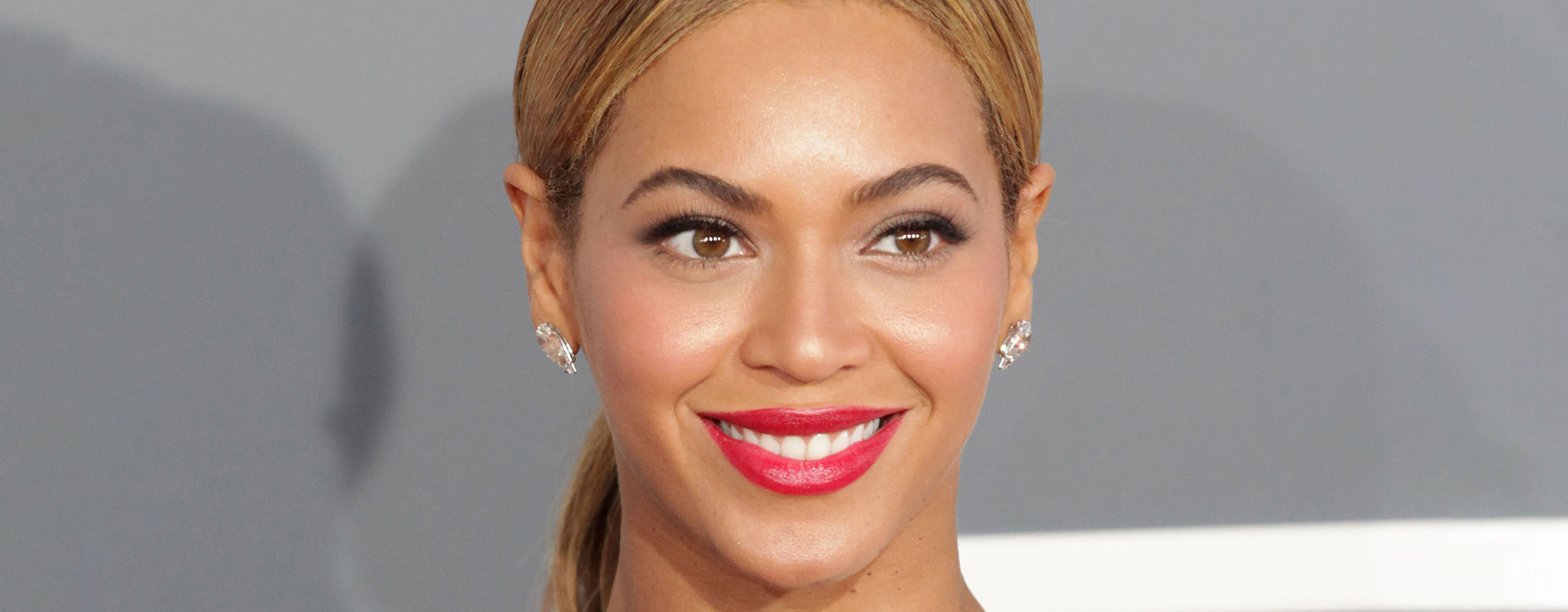 Beyonce Hot Red Lips Wallpapers - Beyonce Hot Red Lips Wallpapers