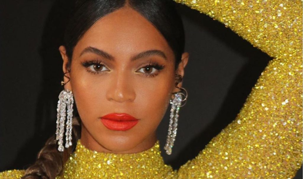 Beyonce Makeup Pics 1024x606 - Beyonce Net Worth, Pics, Wallpapers, Career and Biography
