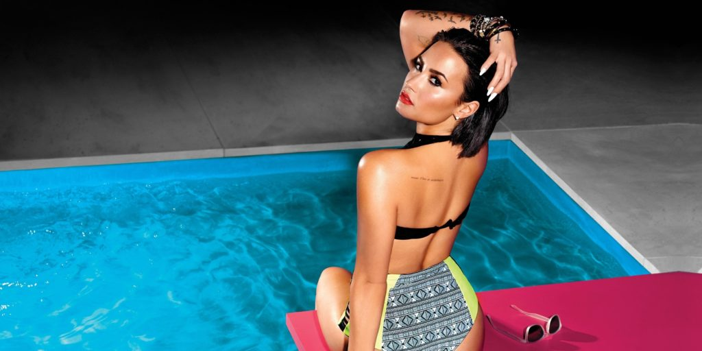 Demi Lovato Hot Bikini Modeling By The Pool 1024x512 - Demi Lovato Net Worth, Pics, Wallpapers, Career and Biography
