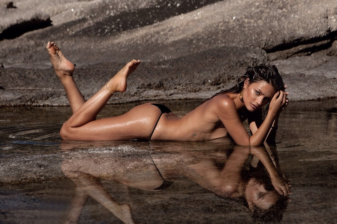 Jessica Lee Buchanan Hot Only Panty Pose - Jessica Lee Buchanan Hot Only Panty Pose
