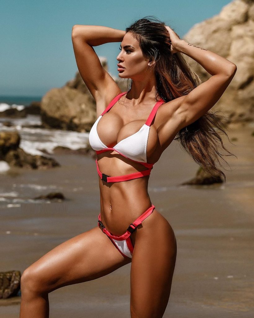 Katelyn Runck Hot Bikini Photos 819x1024 - Katelyn Runck Net Worth, Pics, Wallpapers, Career and Biography