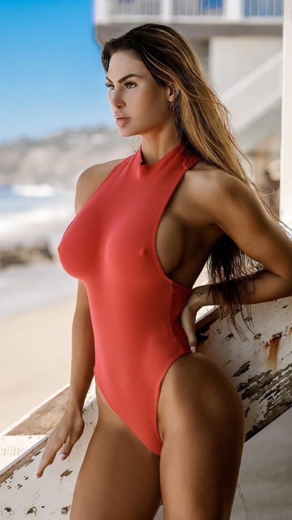 Katelyn Runck Hot Images 576x1024 - Katelyn Runck Net Worth, Pics, Wallpapers, Career and Biography