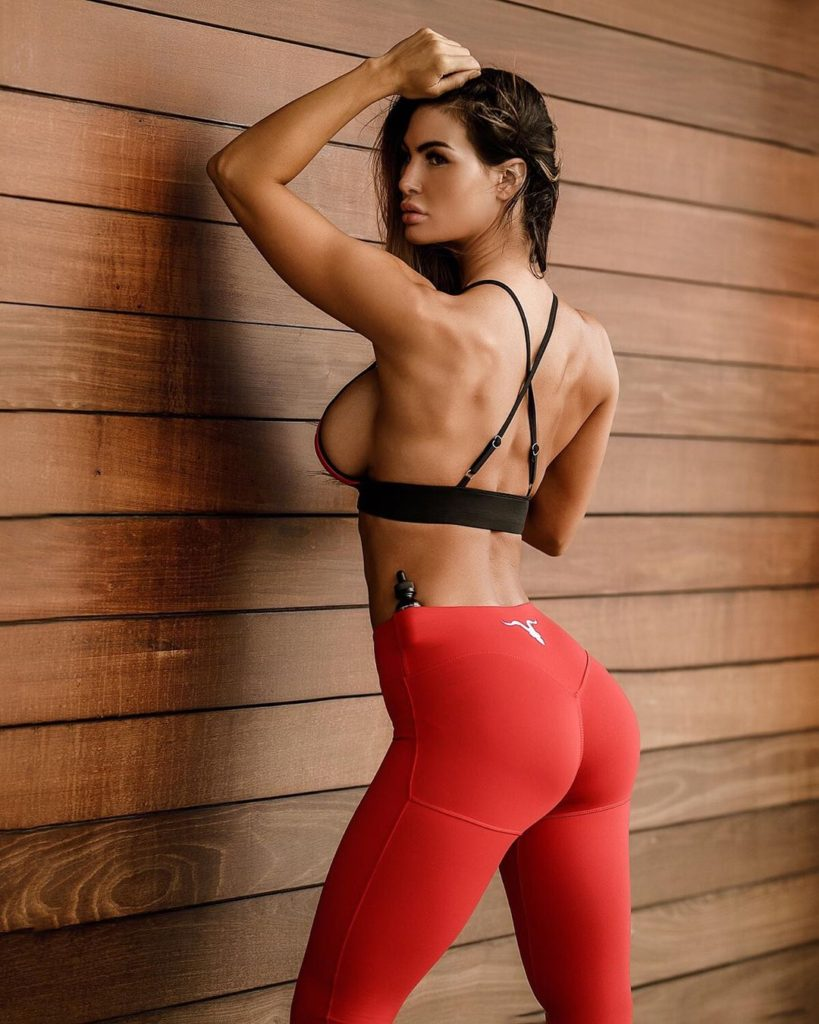 Katelyn Runck Hot Red Tights Pose 819x1024 - Katelyn Runck Net Worth, Pics, Wallpapers, Career and Biography