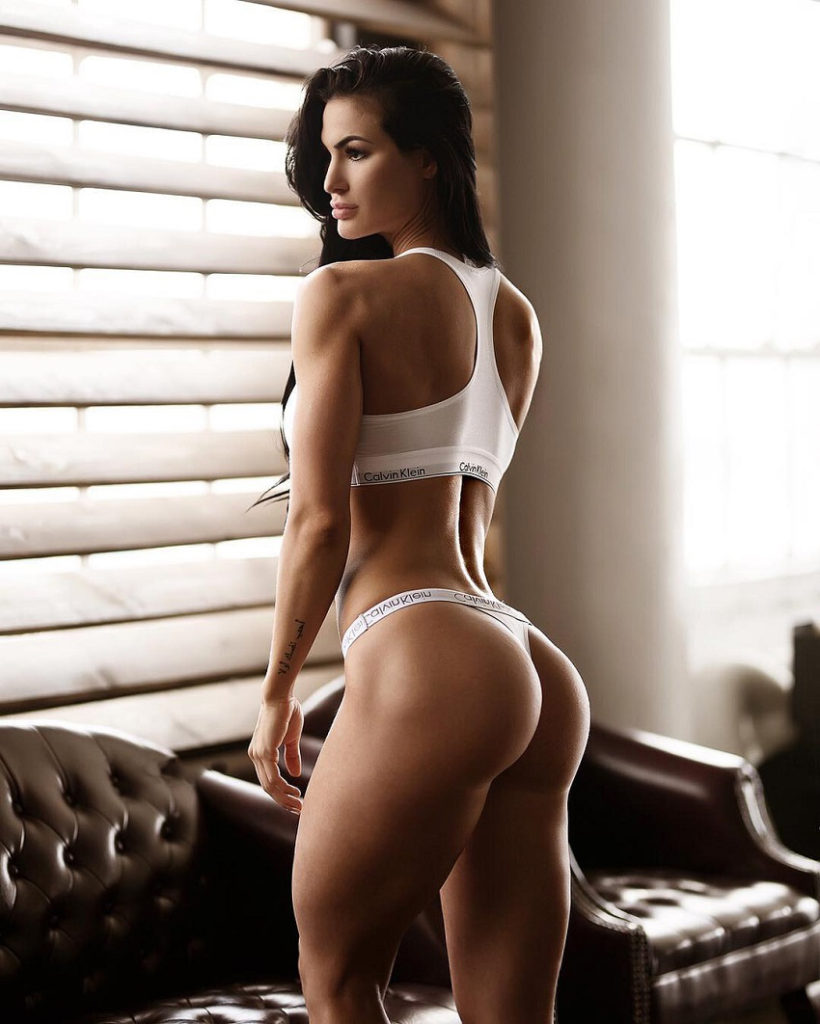 Katelyn Runck Hot Tanga Pics 820x1024 - Katelyn Runck Net Worth, Pics, Wallpapers, Career and Biography