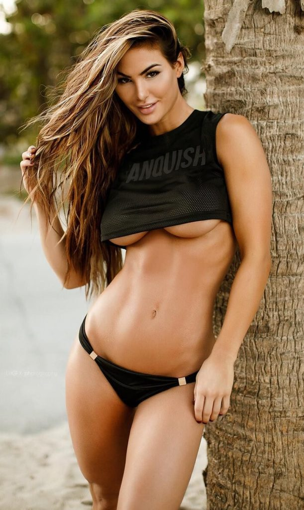 Katelyn Runck Hot Tanktop Pics 611x1024 - Katelyn Runck Net Worth, Pics, Wallpapers, Career and Biography