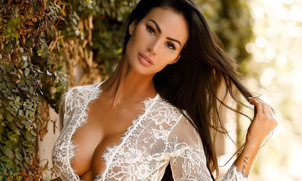 Katelyn Runck Hot Wallpapers 1024x614 - Katelyn Runck Net Worth, Pics, Wallpapers, Career and Biography