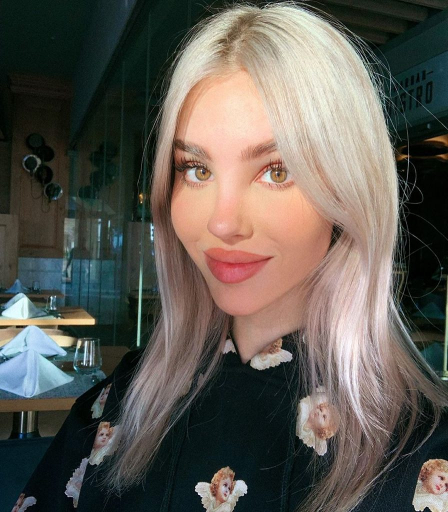 Maria Domark 896x1024 - Maria Domark Net Worth, Pics, Wallpapers, Career and Biograph