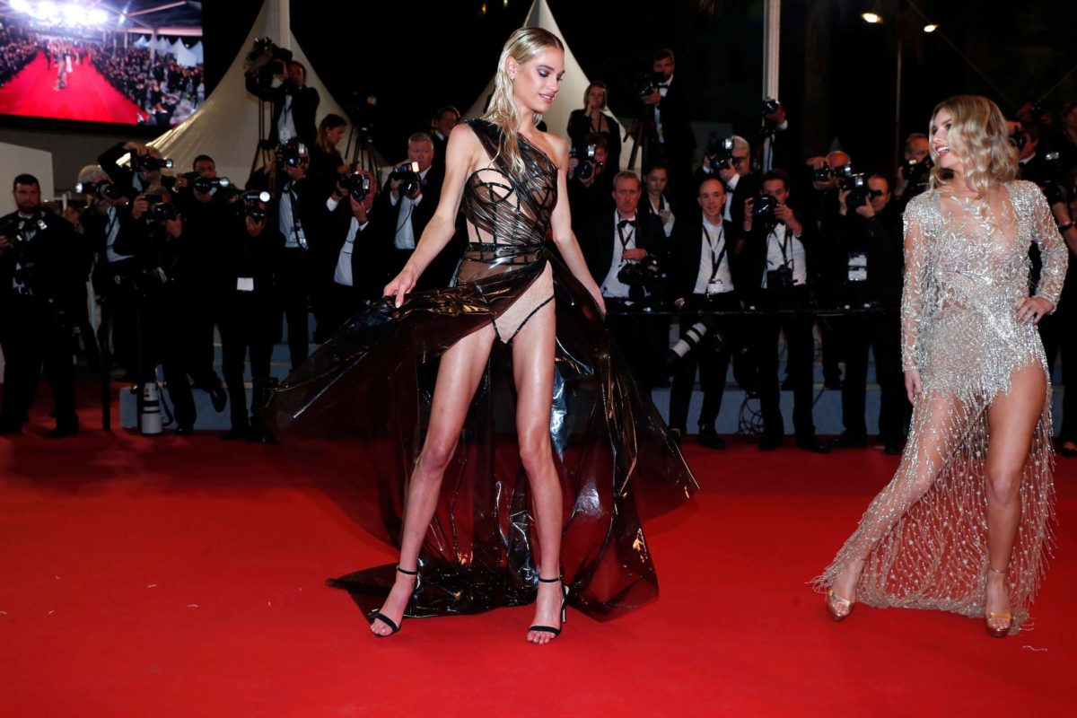 Meredith Mickelson Hot Legs On Red Carpet - Meredith Mickelson Hot Red Carpet Pics Cannes Film Festival