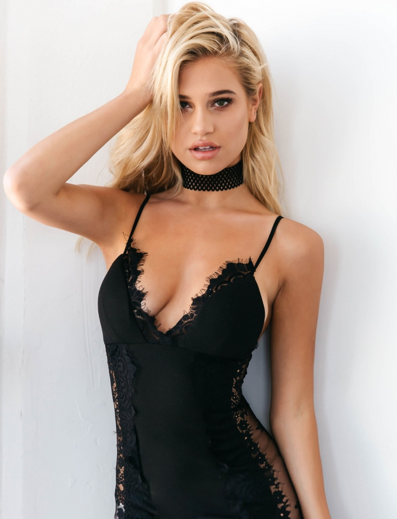 Meredith Mickelson Hot Lingerie Pics - Meredith Mickelson Hot Lingerie Pics