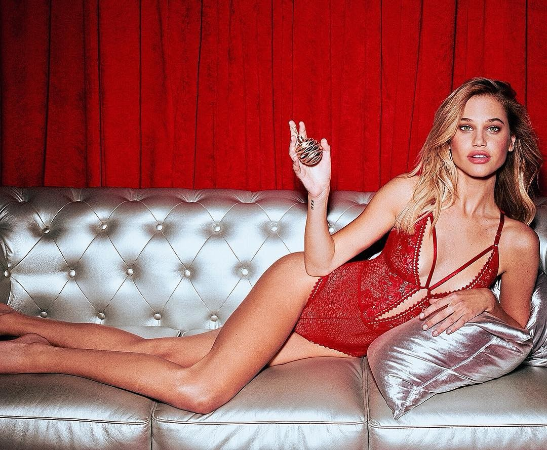 Meredith Mickelson Hot Red Lingerie Couch Pose - Meredith Mickelson Hot Red Lingerie Couch Pose