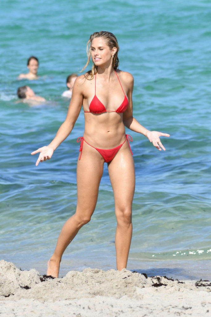 Natalie Jayne Roser Hot Red Bikini Pics 683x1024 - Natalie Jayne Roser Net Worth, Pics, Wallpapers, Career and Biograph
