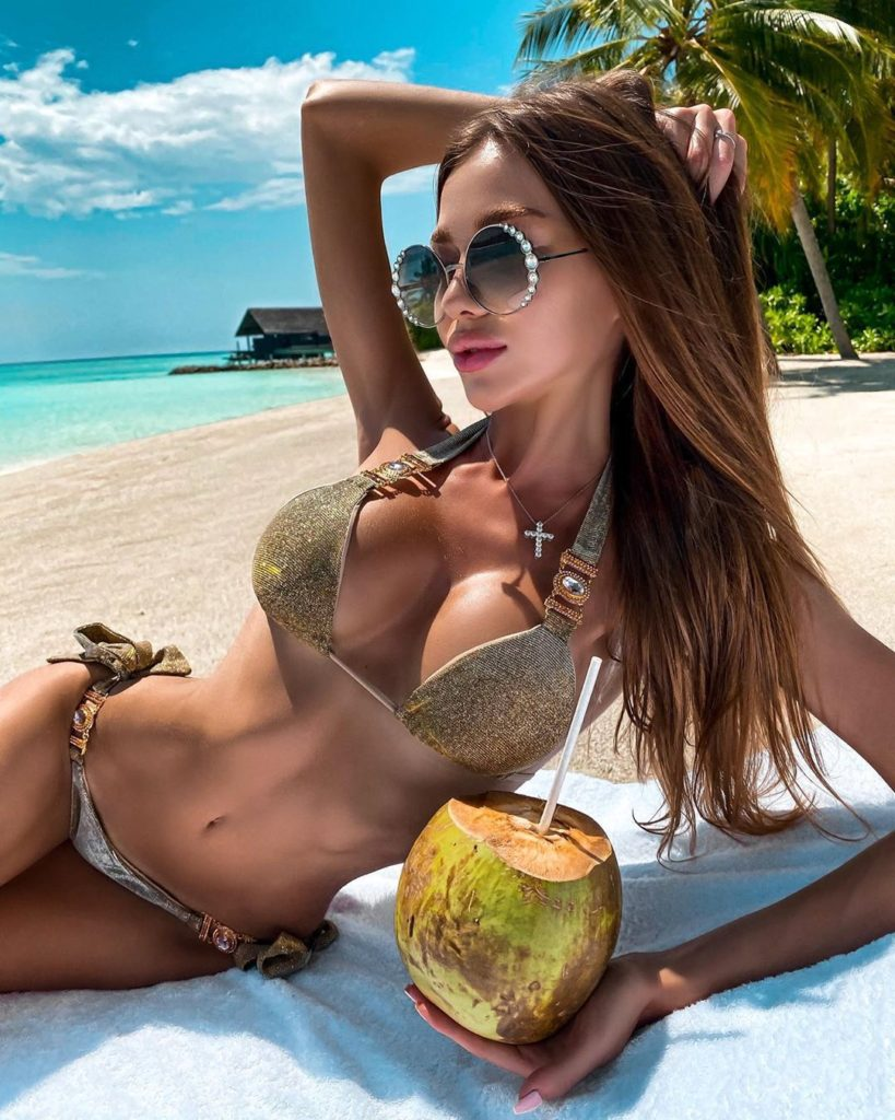 Nazarova Arina Hot Tropic Island Pics 819x1024 - Nazarova Arina Net Worth, Pics, Wallpapers, Career and Biography