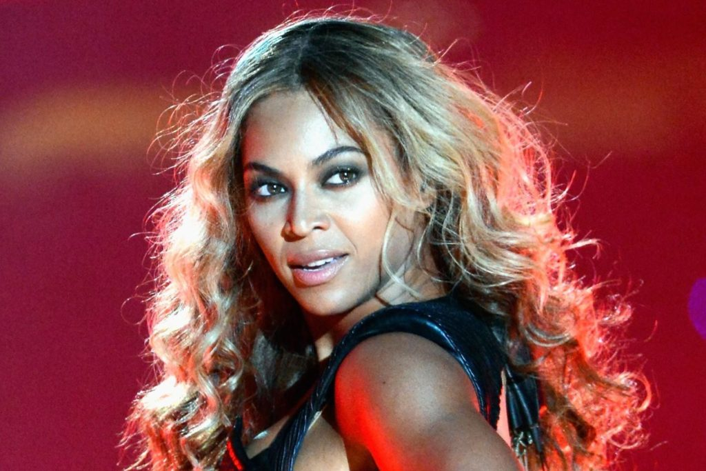 Supperstar Beyonce Wallpapers 1024x683 - Beyonce Net Worth, Pics, Wallpapers, Career and Biography