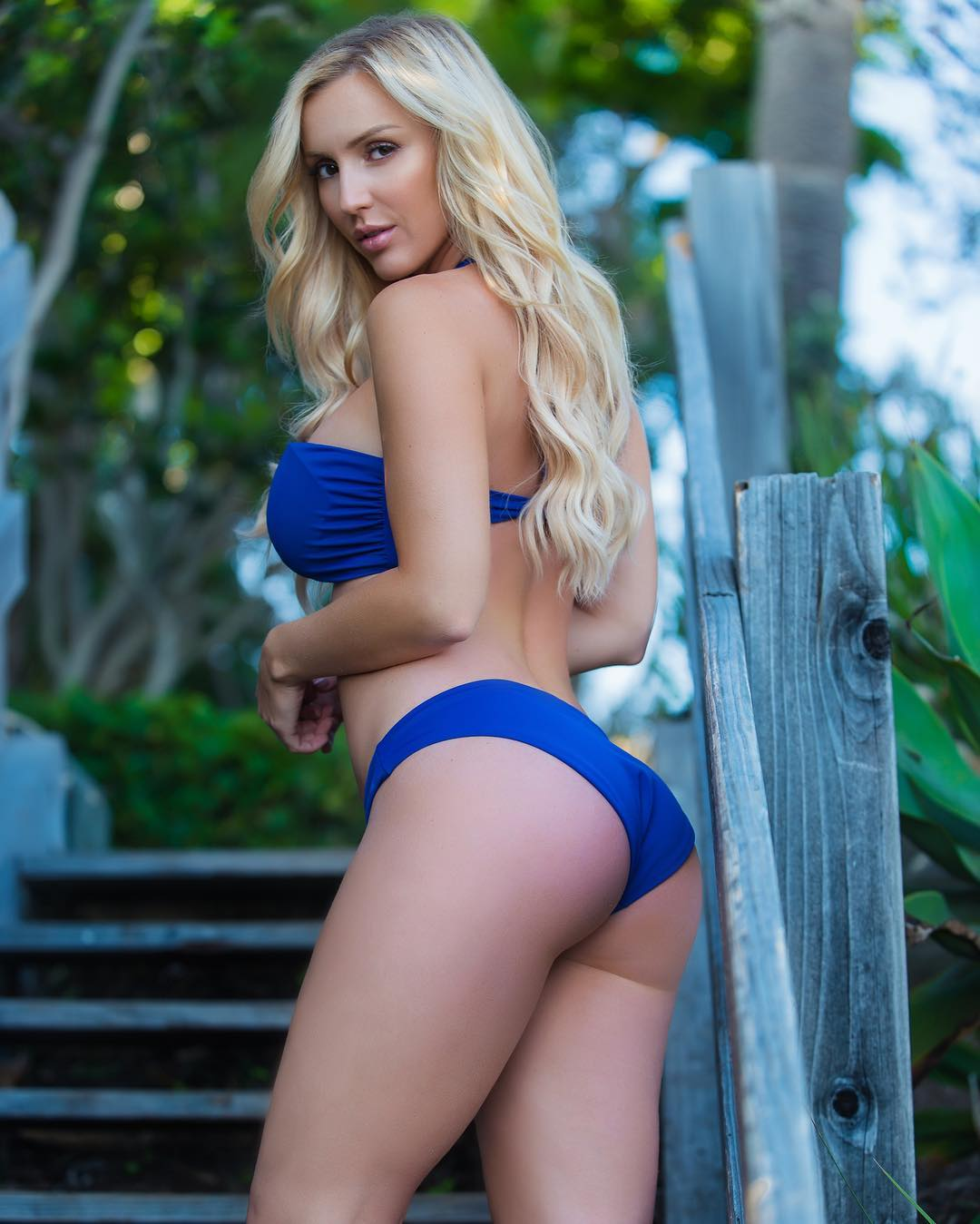Amanda Paris Hot Bikini Photos - Amanda Paris Hot Bikini Photos