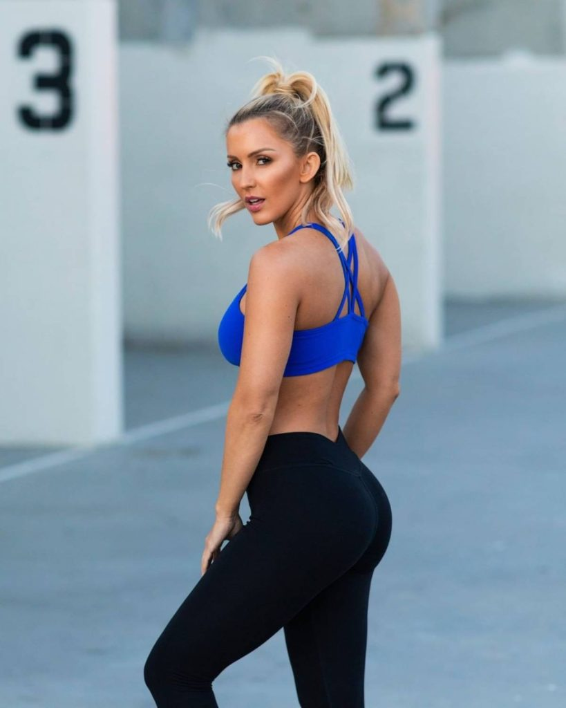 Amanda Paris Hot Sports Bra Tights Photos 819x1024 - Amanda Paris Net Worth, Pics, Wallpapers, Career and Biography