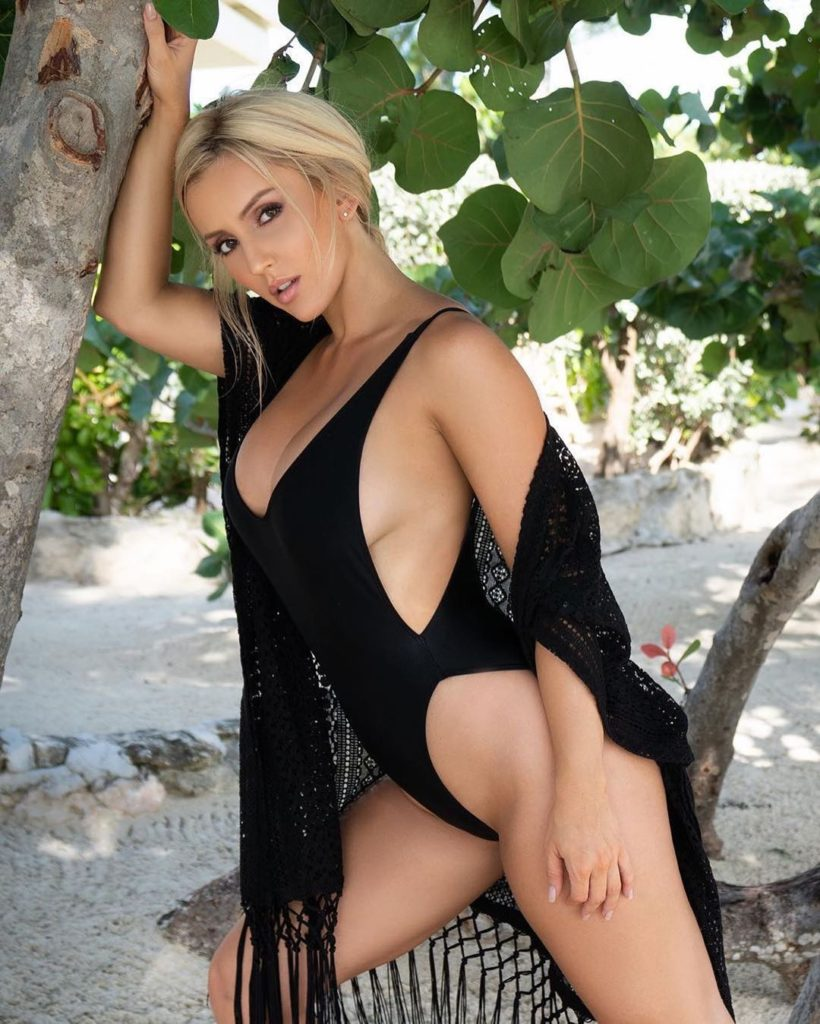 Amanda Paris Super Hot Swimsuit Pics 820x1024 - Amanda Paris Net Worth, Pics, Wallpapers, Career and Biography
