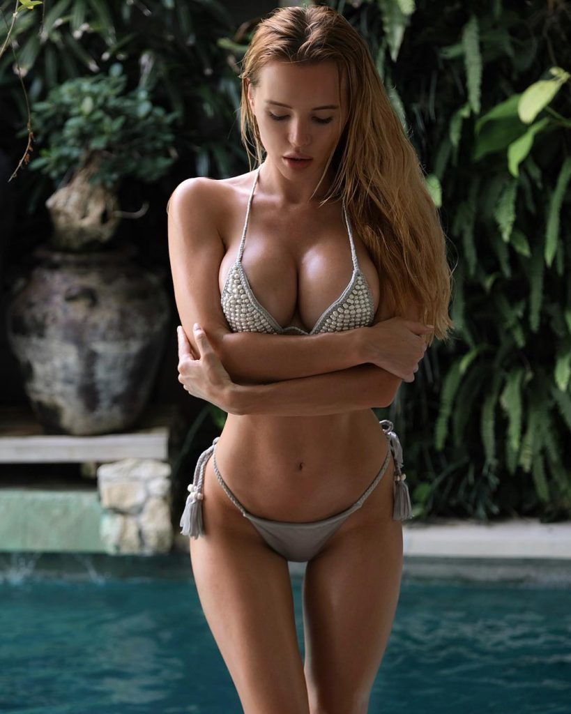 Hot Bikini Pose Of Olya Abramovich 819x1024 - Hot Bikini Pose Of Olya Abramovich