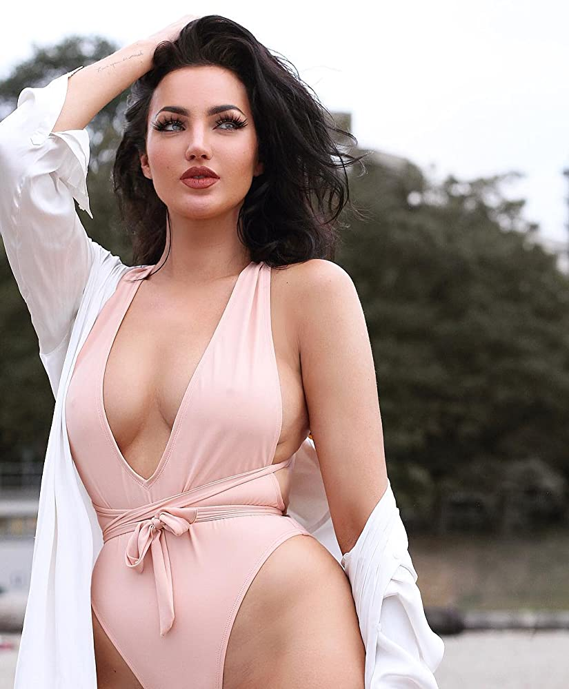 Hot Modeling Natalie Halcro - Natalie Halcro Net Worth, Pics, Wallpapers, Career and Biography