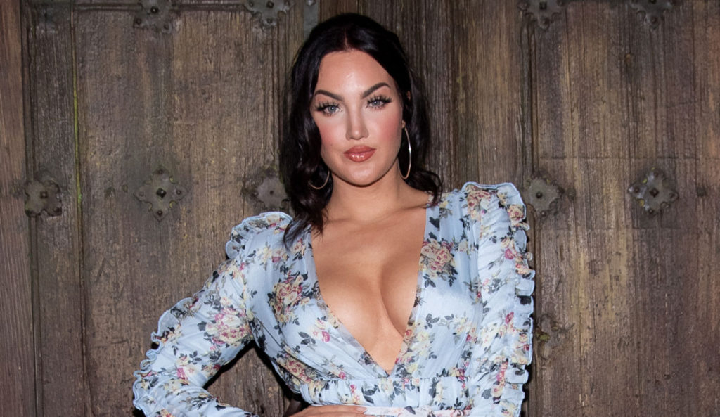 Hot Wallpapers Of Natalie Halcro 1024x593 - Natalie Halcro Net Worth, Pics, Wallpapers, Career and Biography
