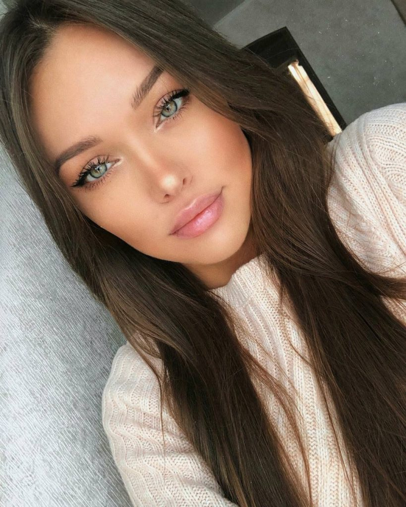 Natalie Danish Pretty Face Selfie 819x1024 - Natalie Danish Net Worth, Pics, Wallpapers, Career and Biography