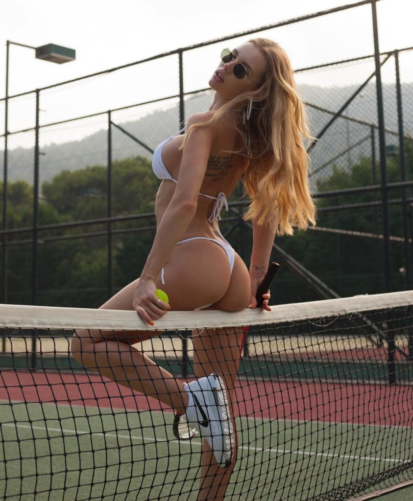 Olya Abramovich Hot Tanga On Tennis Court Pics 843x1024 - Olya Abramovich Net Worth, Pics, Wallpapers, Career and Biograph