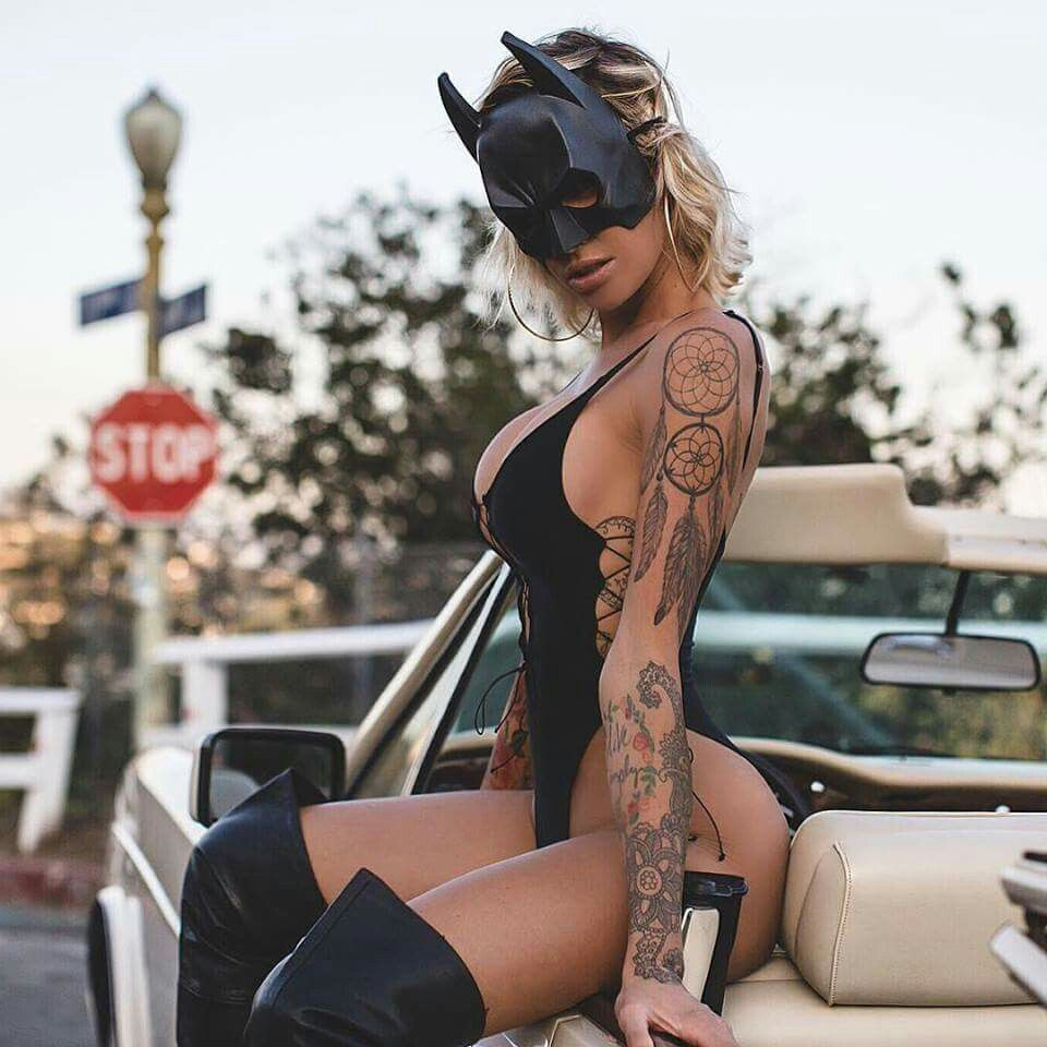 Tina Louise Hot Swimsuit Batwoman Mask - Tina Louise Net Worth, Pics, Wallpapers, Career and Biography