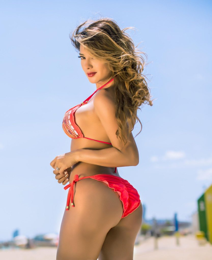 Vivi Castrillon Hot Red Bikini Pics 833x1024 - Vivi Castrillon Net Worth, Pics, Wallpapers, Career and Biography