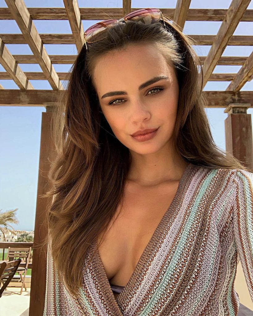 Xenia Deli Beauty 819x1024 - Xenia Deli Net Worth, Pics, Wallpapers, Career and Biography