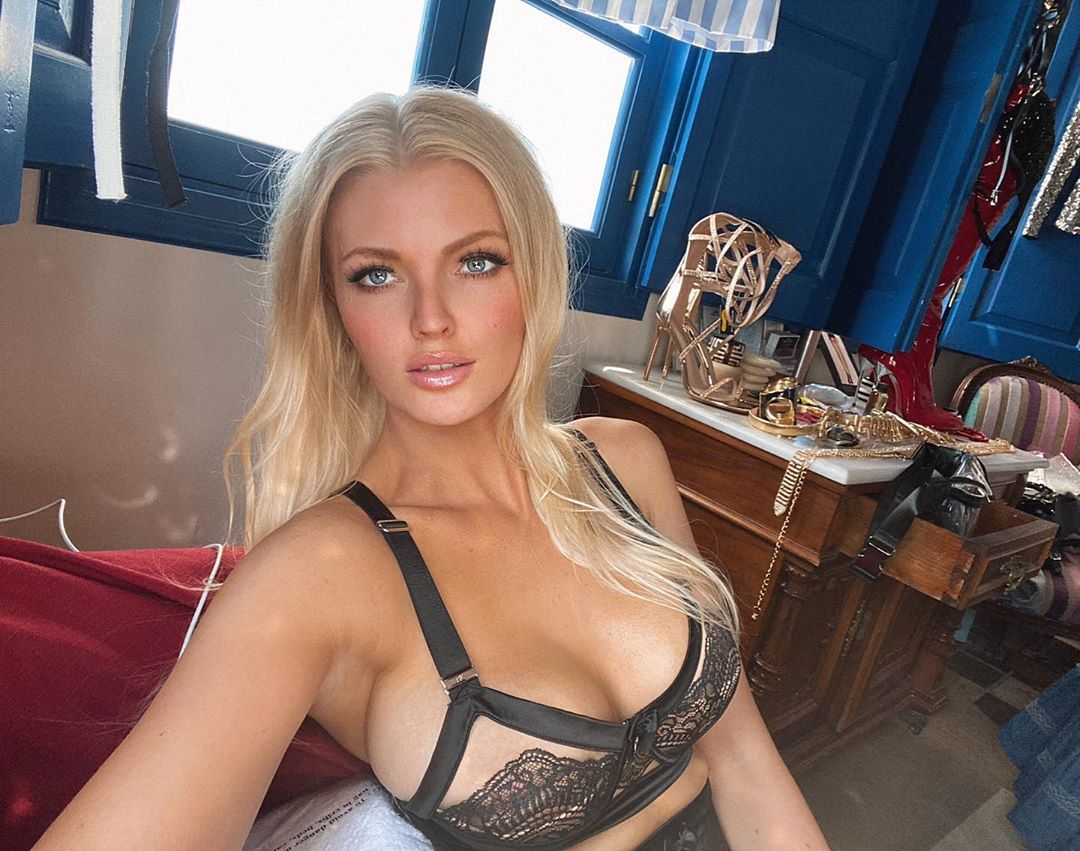 Zienna Sonne Williams Hot Lingerie Selfie - Zienna Sonne Williams Hot Lingerie Selfie