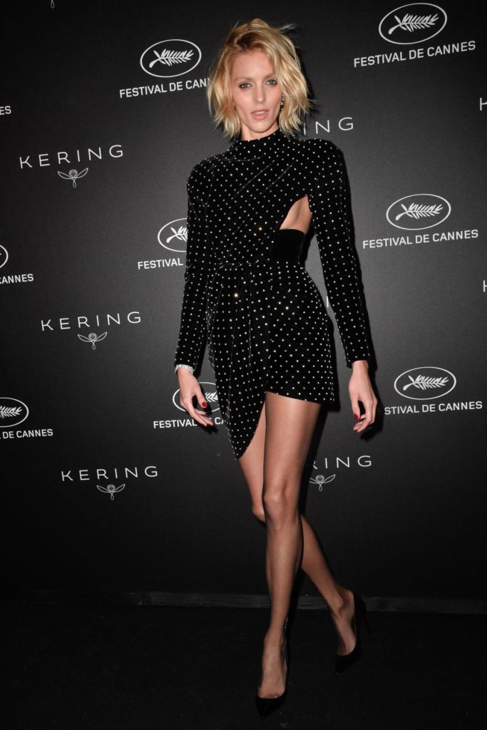 Anja Rubik Hot Gala Dress Images 683x1024 - Anja Rubik Hot Gala Dress Images